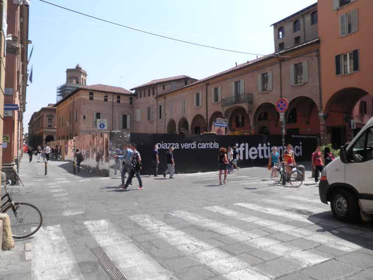 Piazza Verdi cambia (aprile 2011)