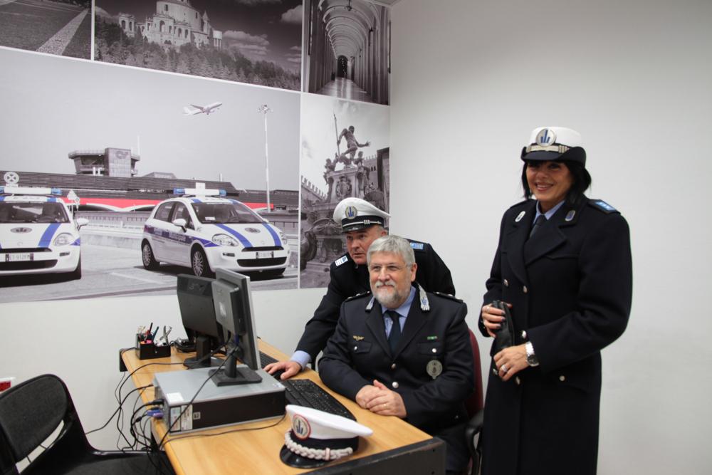 Ufficio Quartiere Saragozza Bologna : Nuovo ufficio della polizia municipale all aeroporto guglielmo