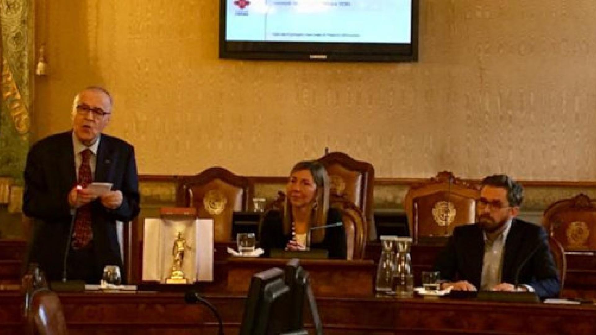 Cerimonia conferimento Nettuno d'Oro a Luigi Lepri