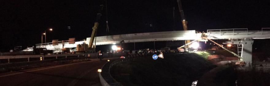 Messa in posa del ponte del People Mover