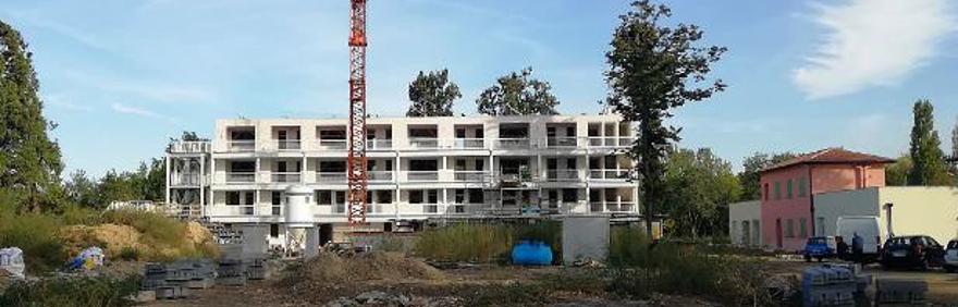 Foto dell'edificio principale di Salus Space in costruzione