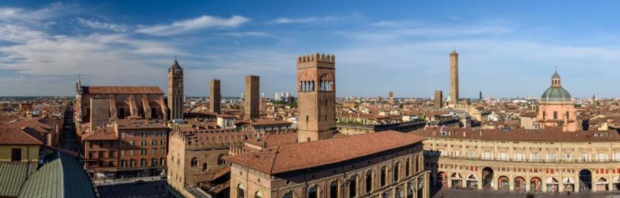 Panoramica sulla città di Bologna