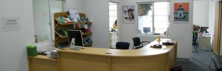 Orari estivi di uffici e servizi comunali iperbole for Uffici arredati bologna
